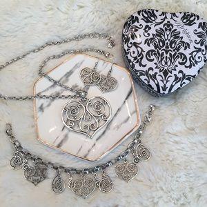 ♥️Gorgeous Brighton Scroll heart jewelry set♥️